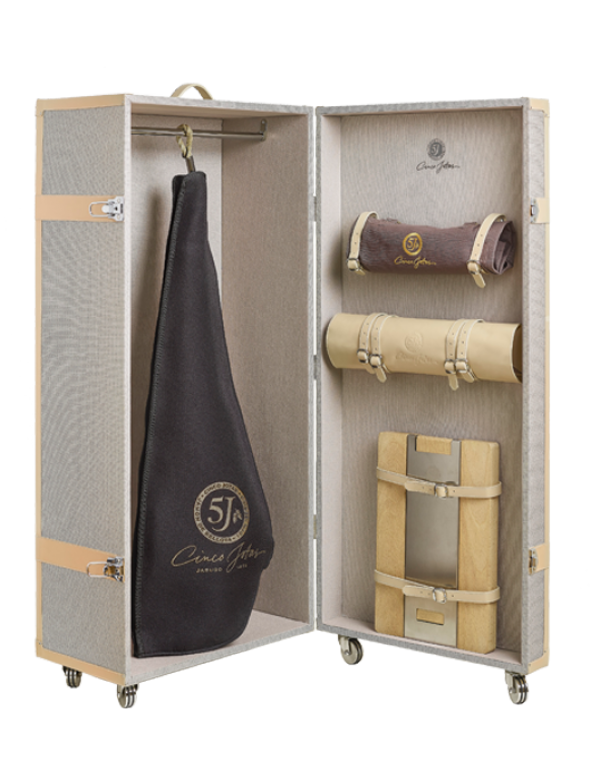 Limited Edition, Grand Tour Cinco Jotas Trunk